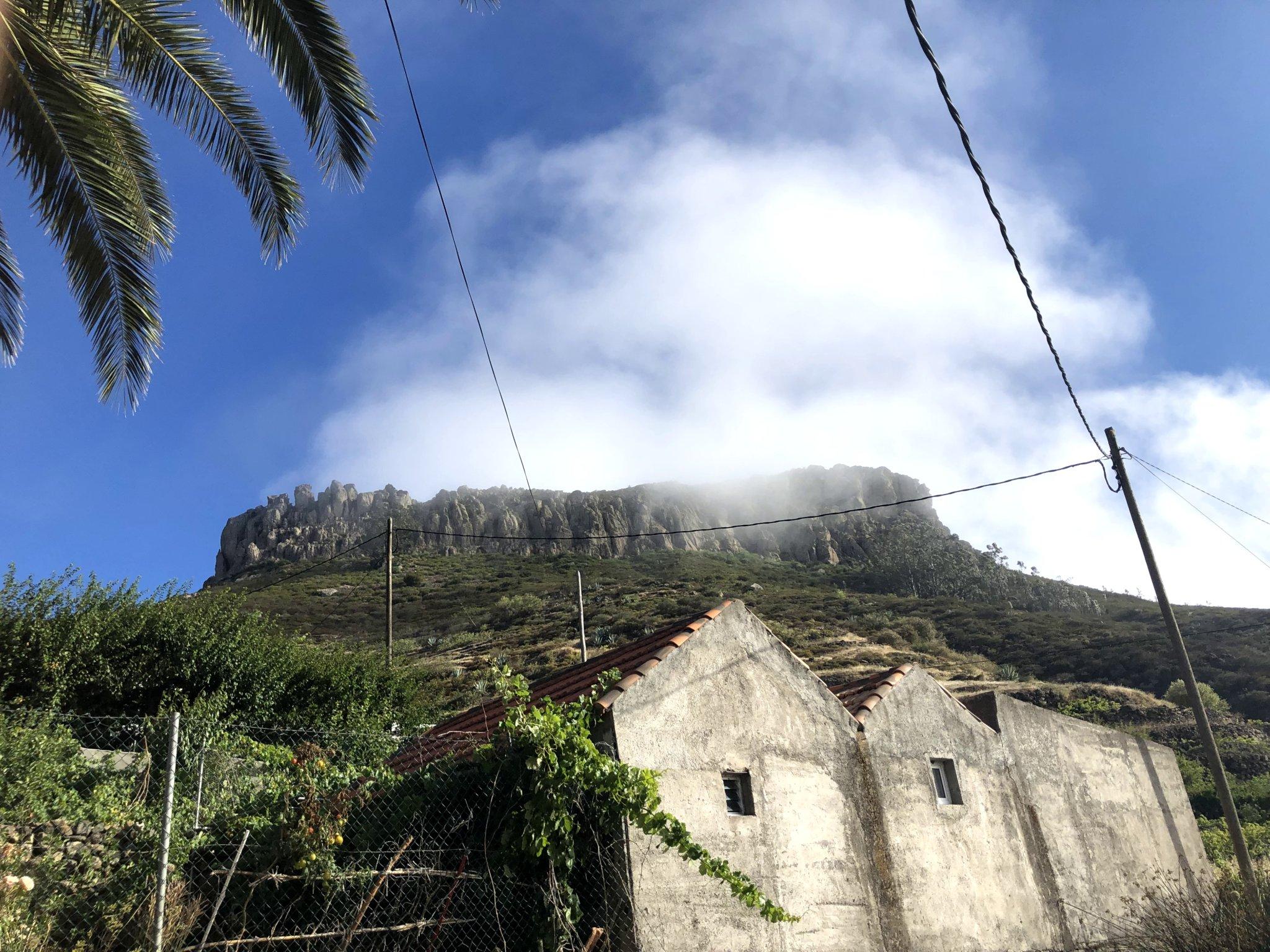 Imagen del accidente geográfico La Fortaleza de Chipude. Enlace a Wikipedia (Abre en ventana nueva).